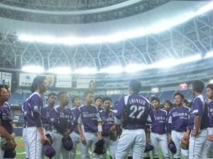 京セラドームでチーム一丸となって戦う選手たち