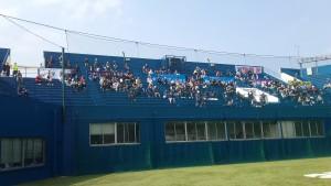 球場開き観客席